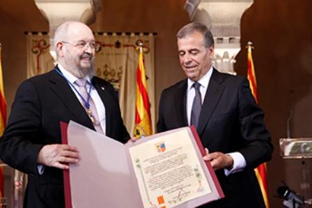 Monserrate recibiendo el reconocimiento de las Cortes de Aragón